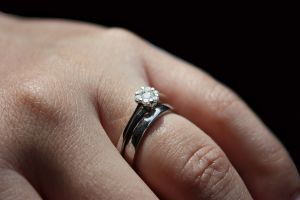 1224943_engagement